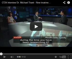 Dr. Michael Tirant và Giáo sư Jana Hercogová nói về điều trị bệnh vẩy nến