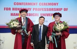 Trao tặng chức danh Giáo sư Danh dự Đại học Y Hà nội cho Giáo sư Tiến sĩ Michael Tirant