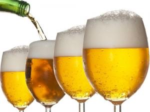Cách giảm thiểu tác hại của rượu bia đối với người có bệnh vẩy nến